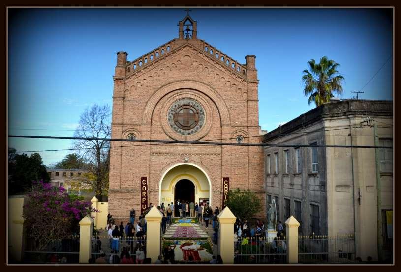 Corpus-Christi-Infiorata-Villa-Elisa-19