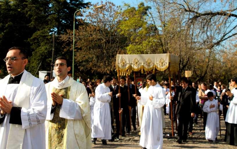 Corpus-Christi-Infiorata-Villa-Elisa-29