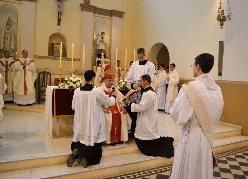 ordenacion-sacerdotal-p.juan-de-dios07