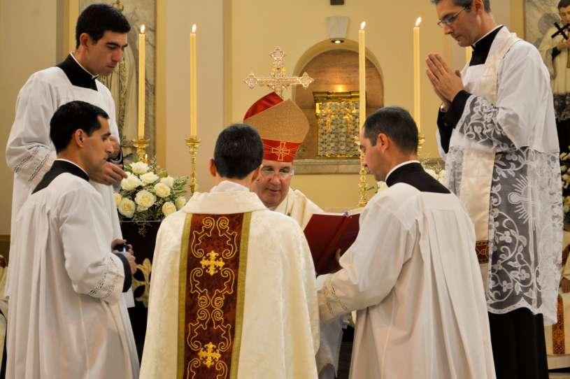 ordenacion-sacerdotal-p.juan-de-dios20