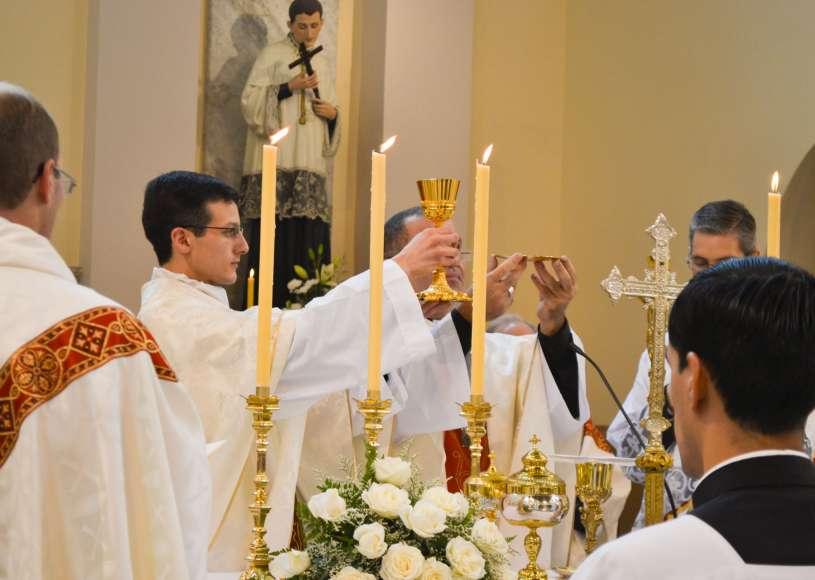ordenacion-sacerdotal-p.juan-de-dios26