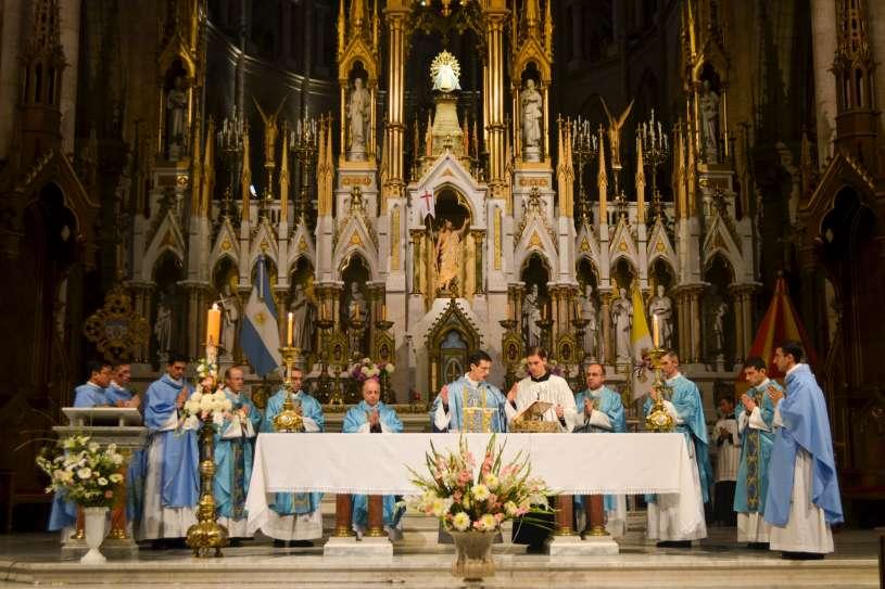 ordenacion-sacerdotal-p.juan-de-dios69