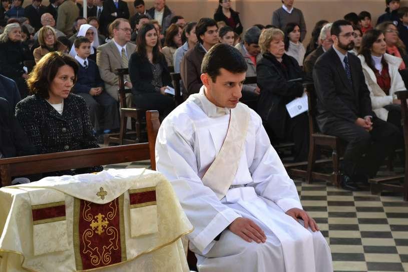 ordenaciones sacerdotales villa elisa 01