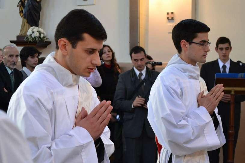 ordenaciones sacerdotales villa elisa 2013_03