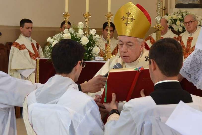 ordenaciones sacerdotales villa elisa 2013_07