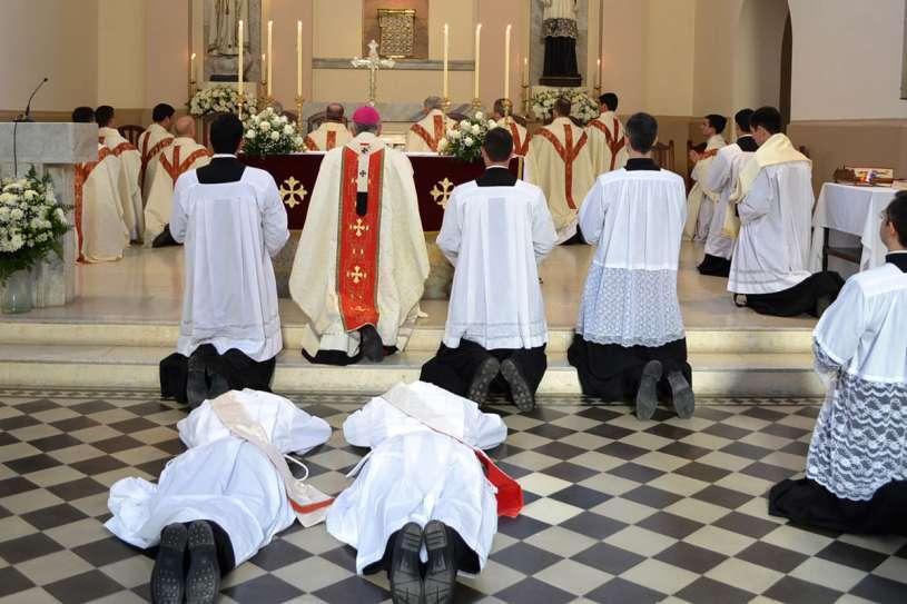 ordenaciones sacerdotales villa elisa 2013_08