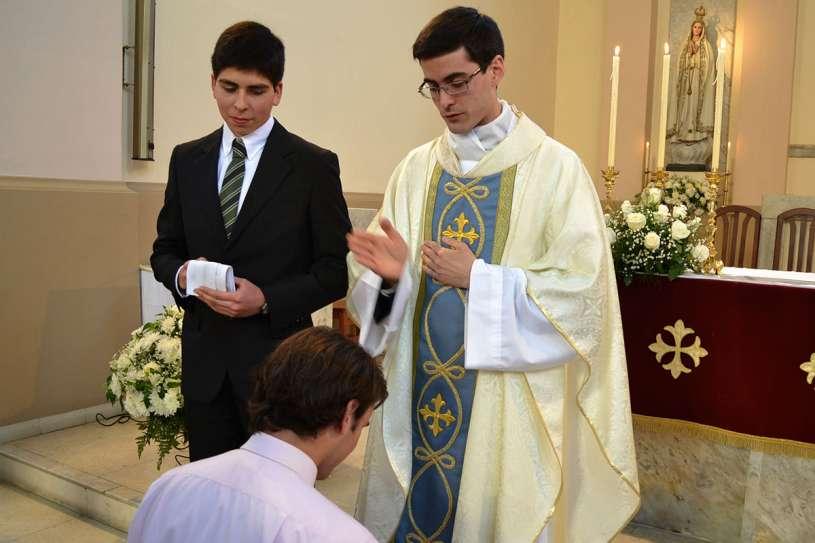 ordenaciones sacerdotales villa elisa 2013_24