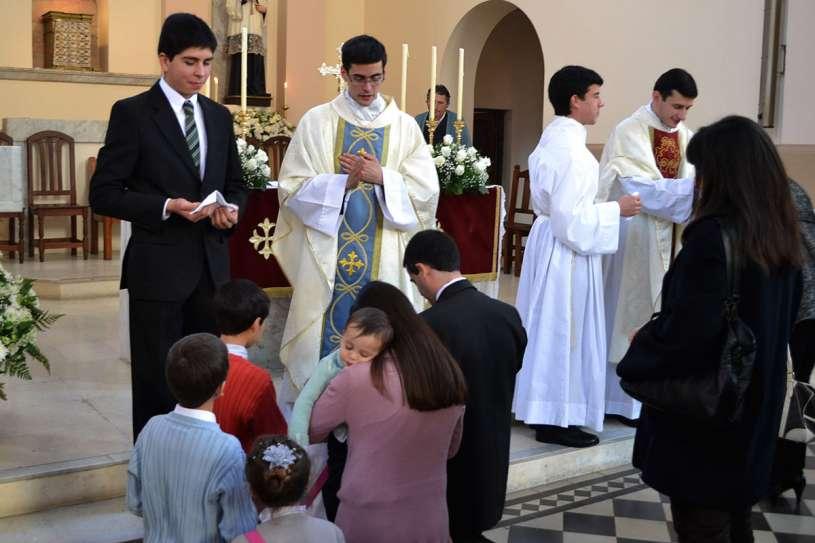 ordenaciones sacerdotales villa elisa 2013_25