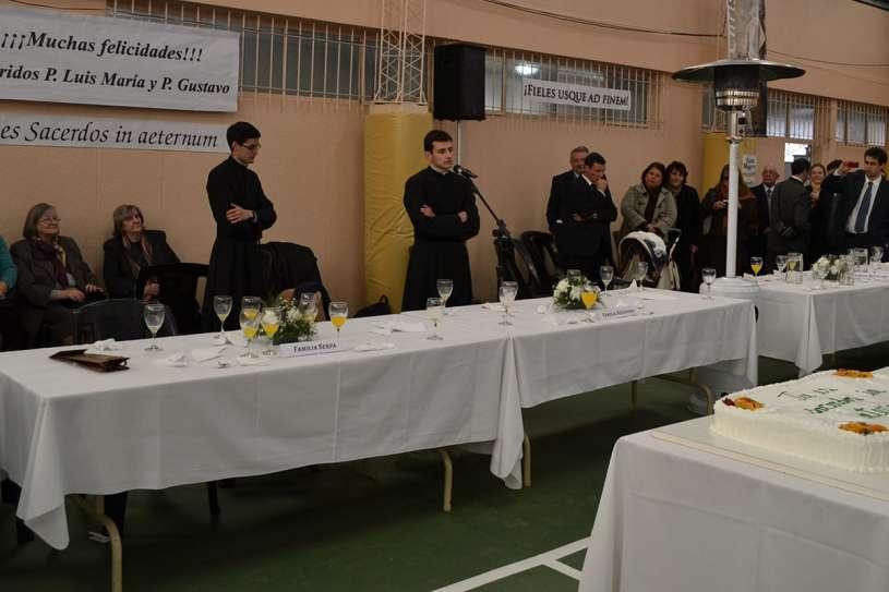 ordenaciones sacerdotales villa elisa 2013_27